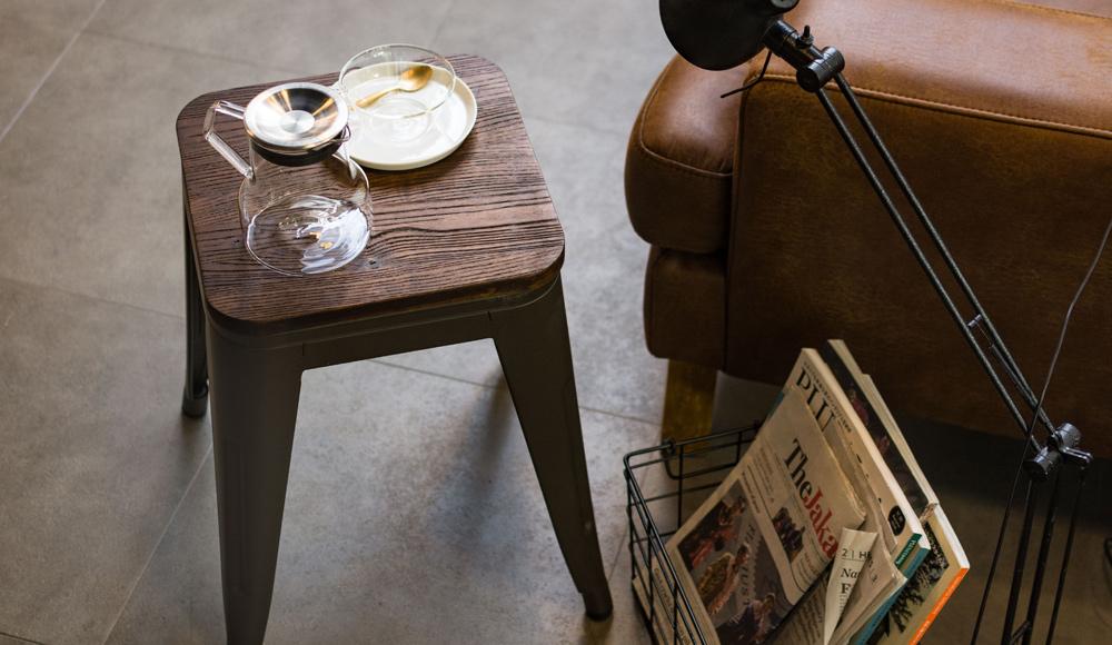 頻繁に椅子を動かす飲食店などにもオススメの家具シリーズ