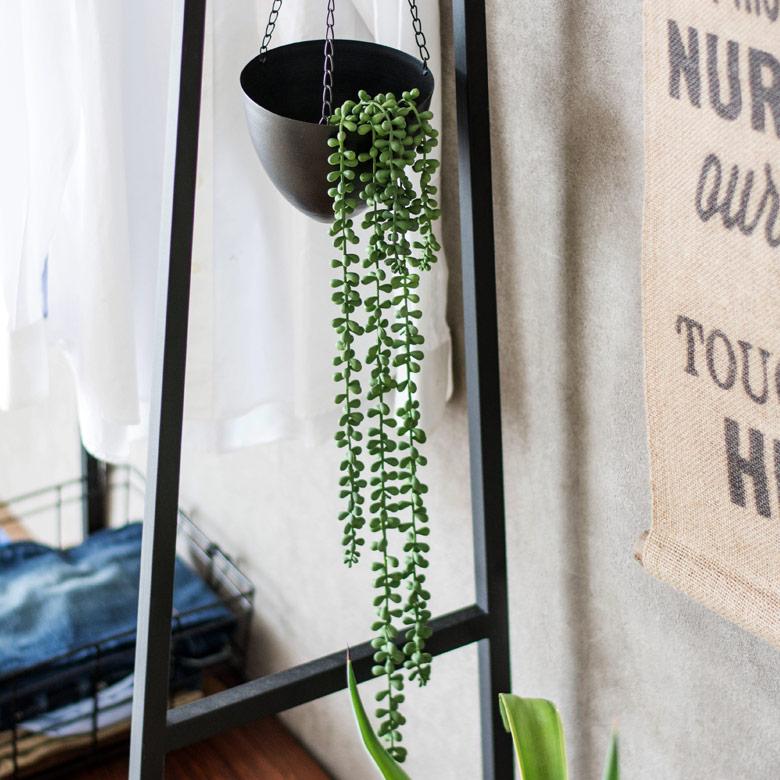 グリーンネックレスのフェイク多肉植物