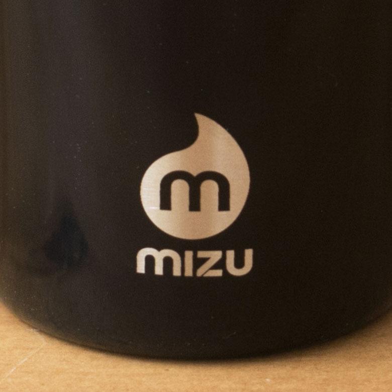 「mizu」はアクションスポーツウォーターボトルブランドです。