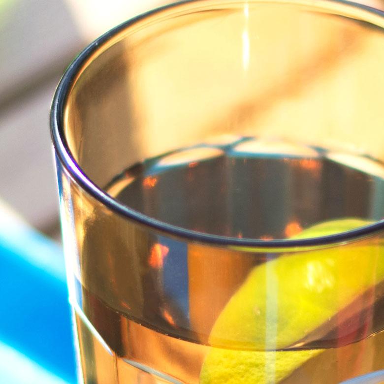 飲み口が広く、飲みやすい。