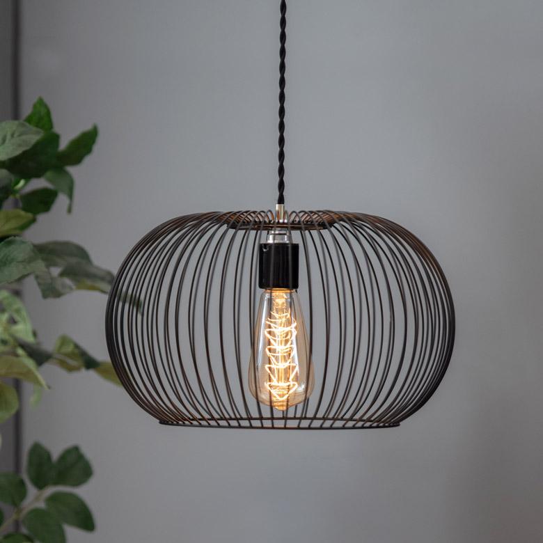 ワイヤーフレームのシンプルな照明。