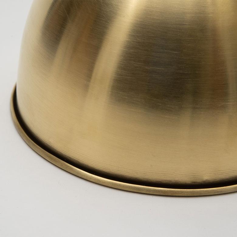 真鍮素材なので、重厚感があります。
