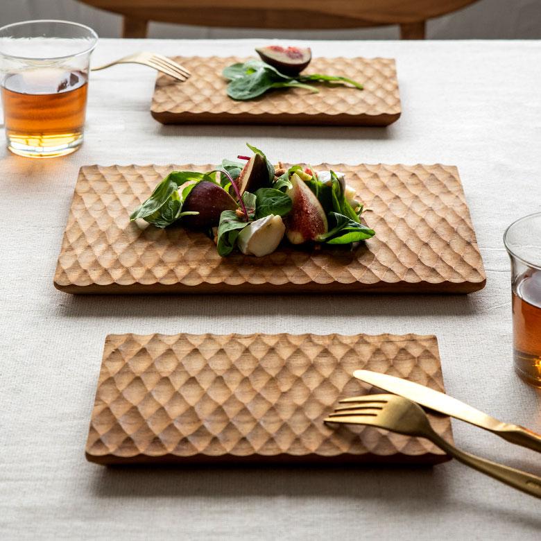 お家の食事も雰囲気格上げ!パーティー用の食器としても。