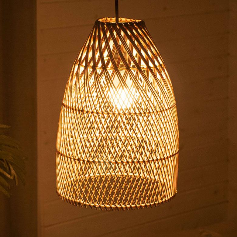 天然素材ラタンのランプシェード