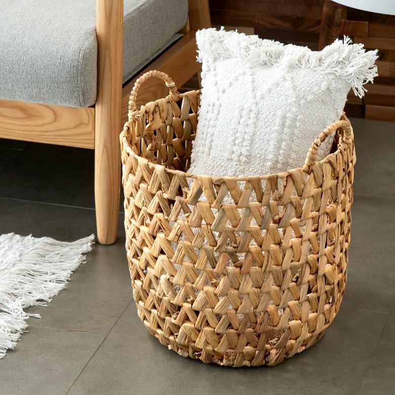 天然素材、ウォーターヒヤシンスの透かし編みバスケット
