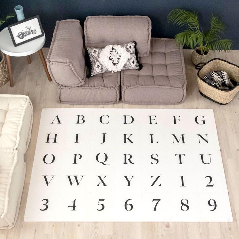 アルファベット・プレイマット。