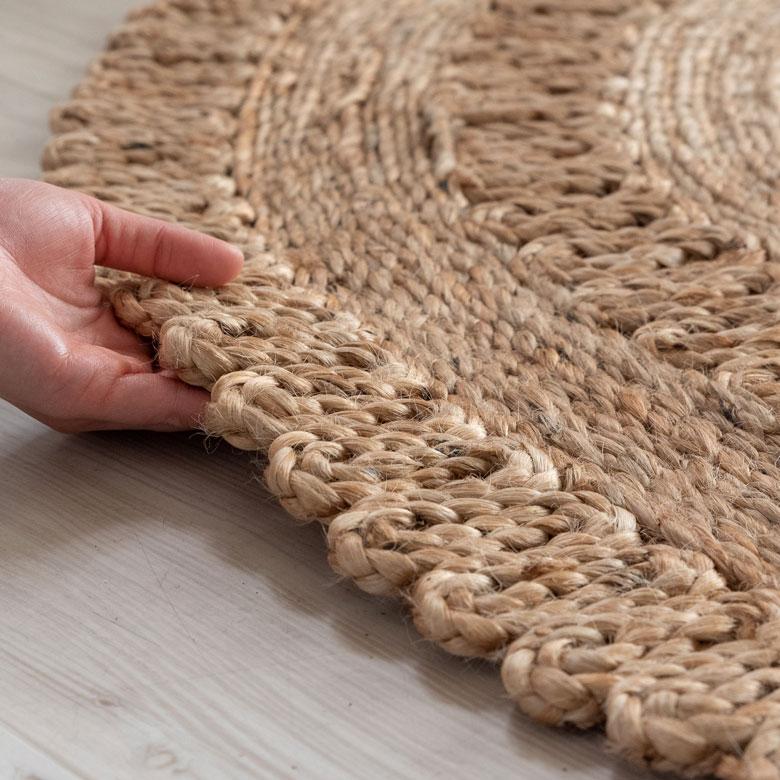 天然素材のジュート100%使用。しっかりとした素材感