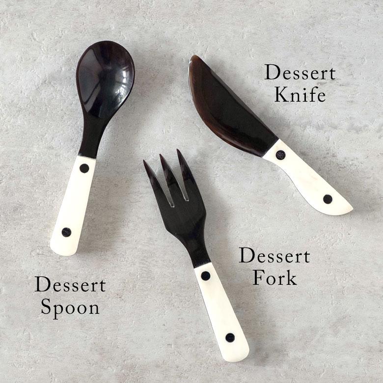 デザートスプーン。デザートナイフ。デザートフォーク