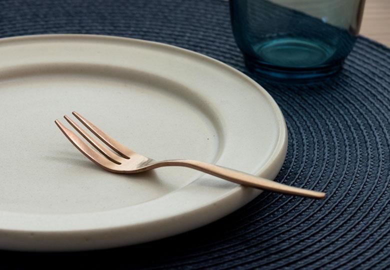和食器と合わせても違和感なく溶け込みます