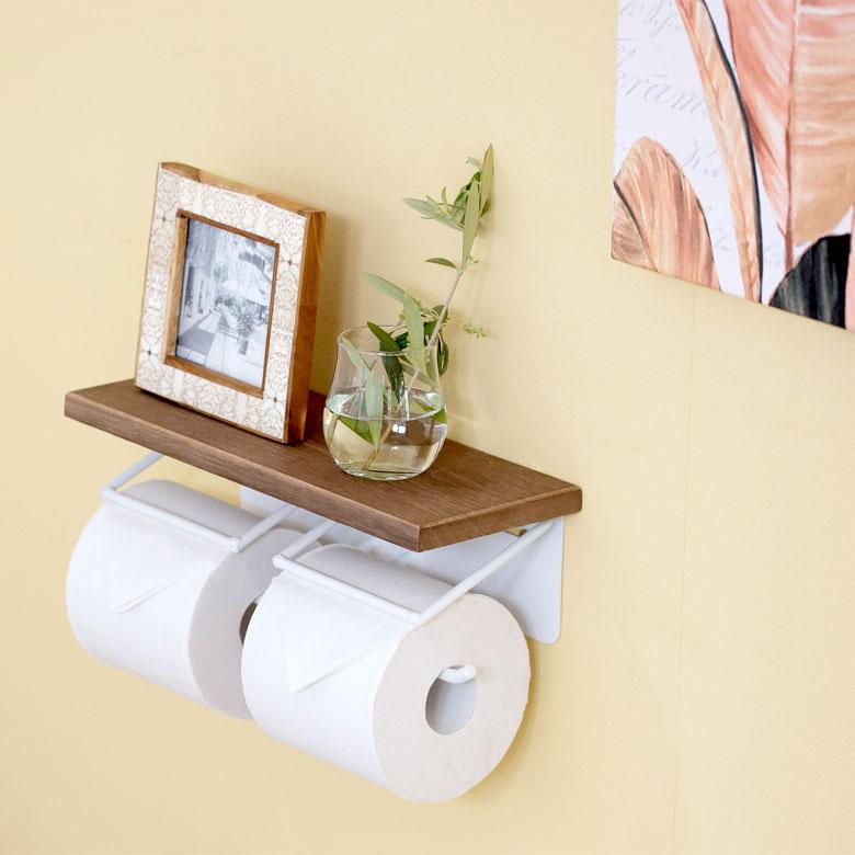 天然木天板のトイレットペーパー入れ