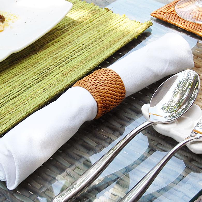 食卓をアジアンな雰囲気に