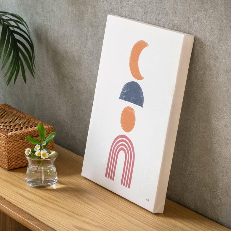象徴的なデザインが魅力のアート。玄関やダイニングやリビング、店舗用でも大活躍