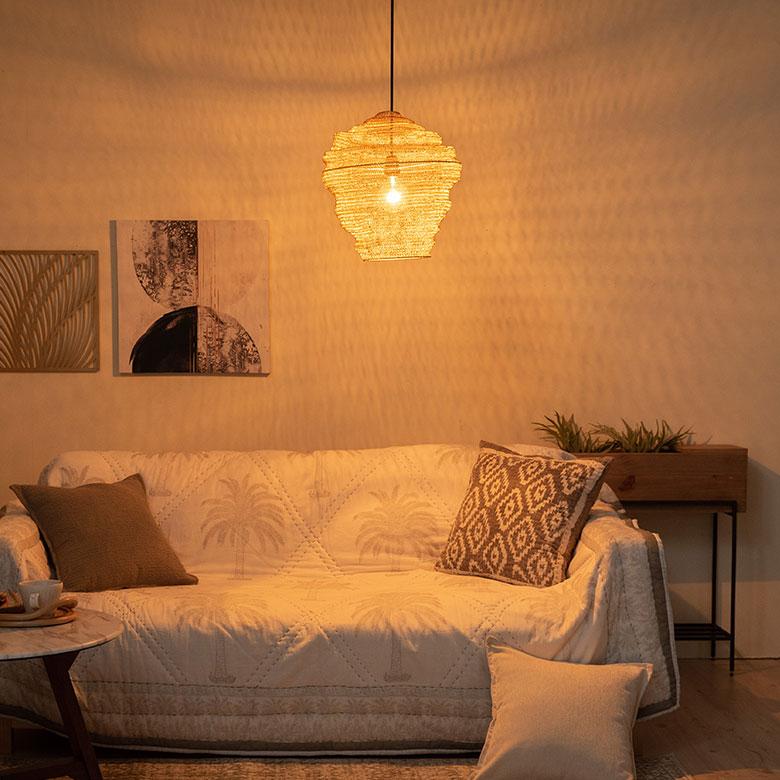 柔らかな灯りで癒しの空間を演出