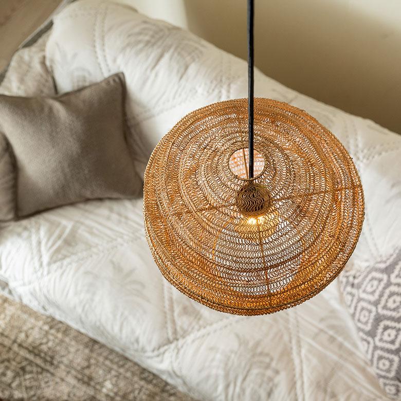 アイアン製のランプシェード