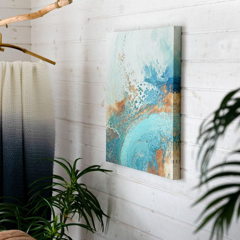 開放感をプラスしてくれる、海をイメージしたアート