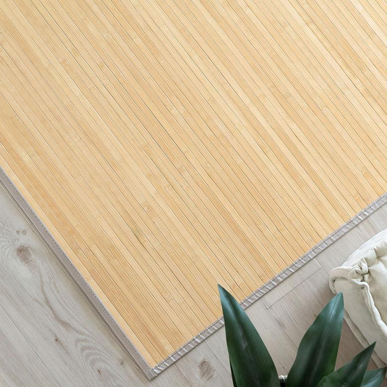 身が詰まっている素材を使用。丈夫で汚れにくく耐久性も優れています。