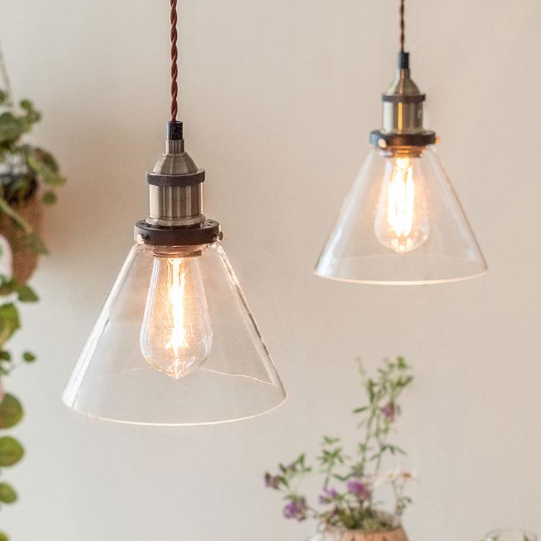 エジソン電球付きランプシェード